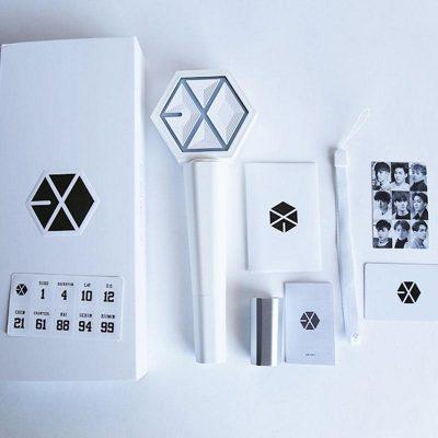 Album – phụ kiện của thần tượng cũng là một trong những sản phẩm được order từ Hàn Quốc rất phổ biến