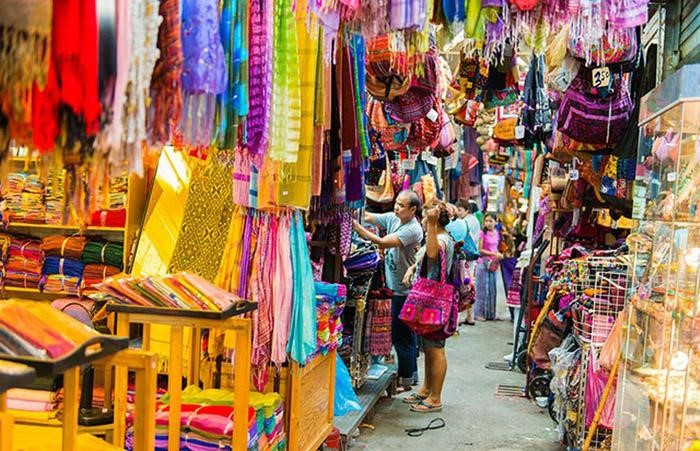Nhập hàng Thái Lan tại Chợ cuối tuần Chatuchak là xu hướng của người kinh doanh hiện nay