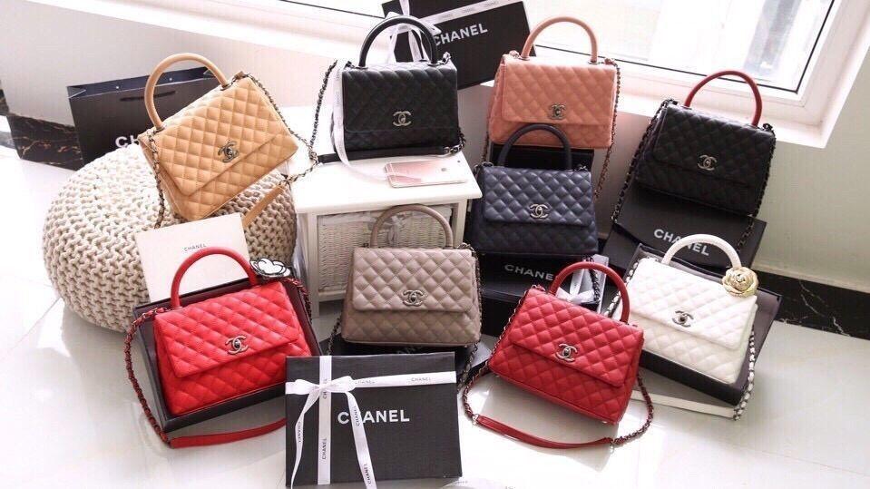 Túi xách đến từ các thương hiệu nổi tiếng là một trong những mặt hàng xách tay Mỹ được nhiều chị em tìm kiếm