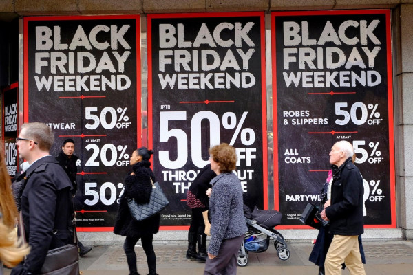 Black Friday là một thời điểm rất tuyệt vời để bạn săn được hàng tiêu dùng Mỹ giá rẻ