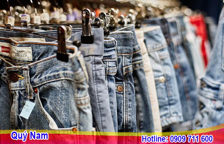 Hàn Quốc có rất nhiều các khu chợ bán sỉ quần áo cho người kinh doanh lấy hàng
